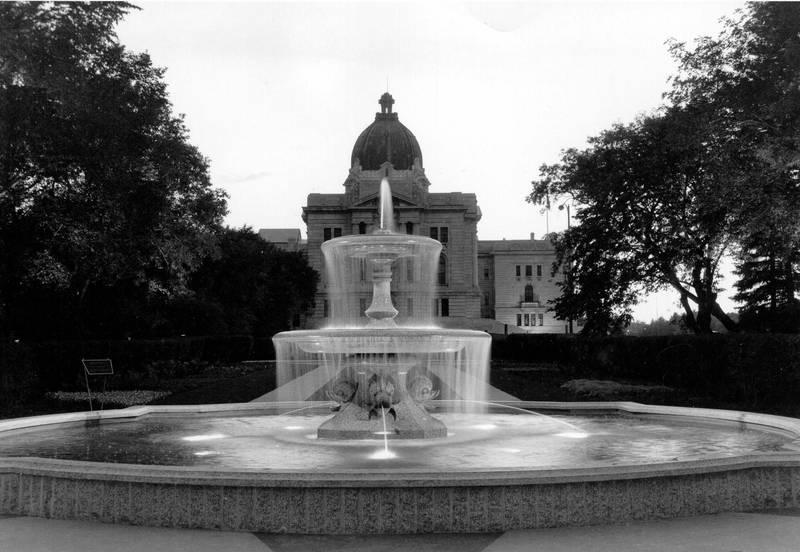 Trafalgar Fountain 171 Wascana Centre